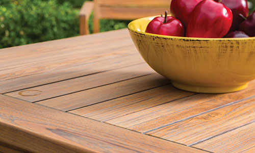 Teak: naturally resistant to decay